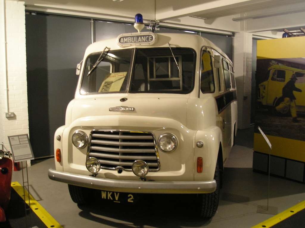 Commer-BF-Ambulance_Coventry_Transport_Museum