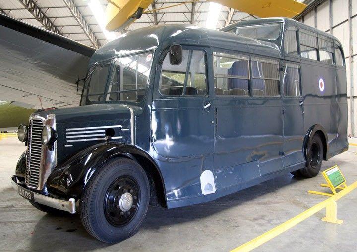 CommerCommando-Aircrew-bus