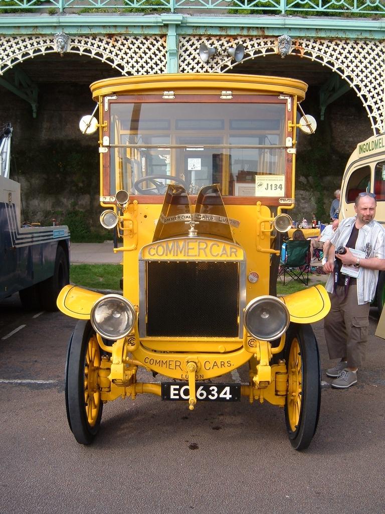 Commer_bus_reg_EC_634-1909