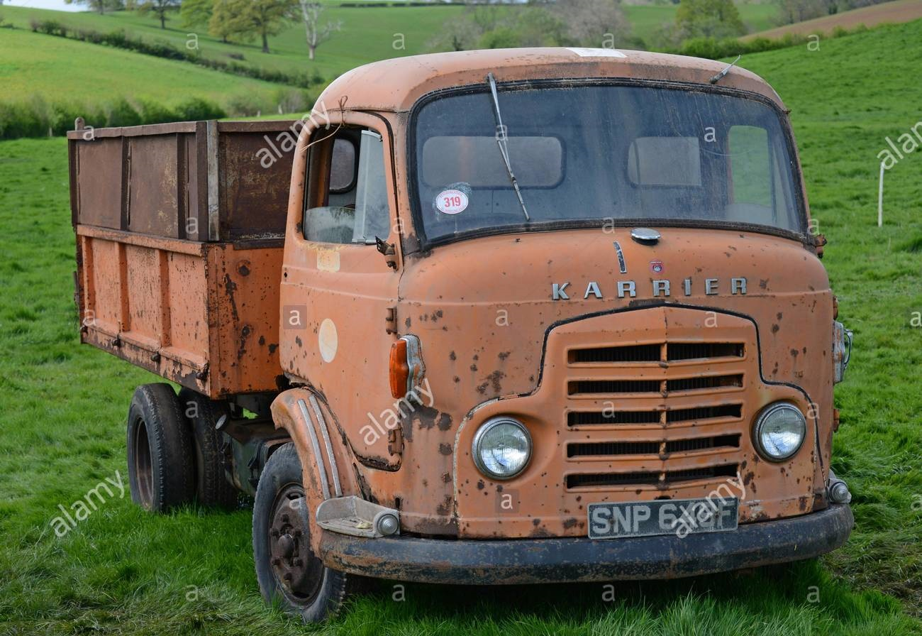 commer-vintage-commer-karrier-lorry-at-a-farm-sale-of-vintage-farm-machinery-and-effects-at-upper-venn-farm-herefordshire