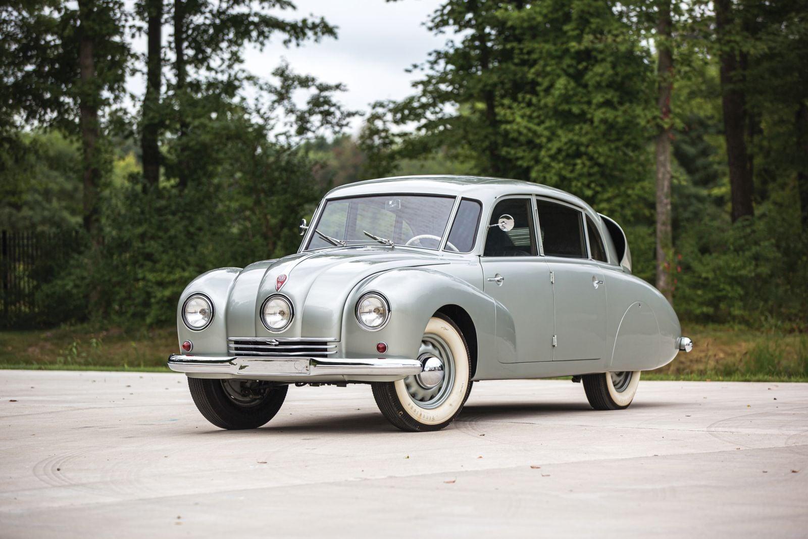 Tatra-T87-1948-(1)