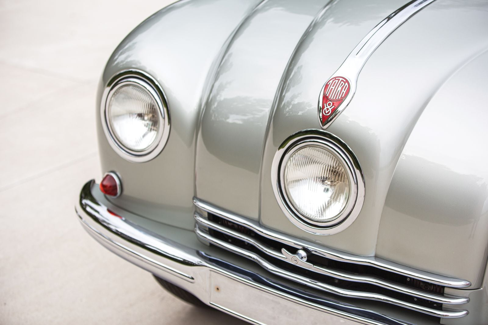 Tatra-T87-1948-(5)