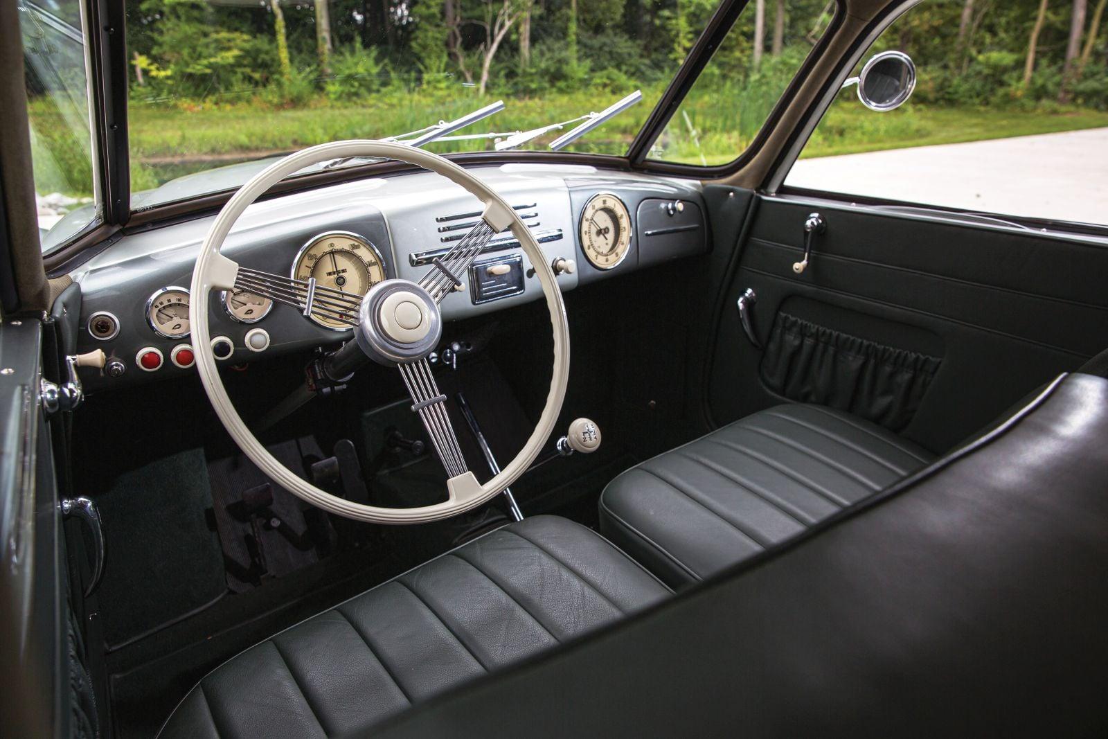 Tatra-T87-1948-(7)