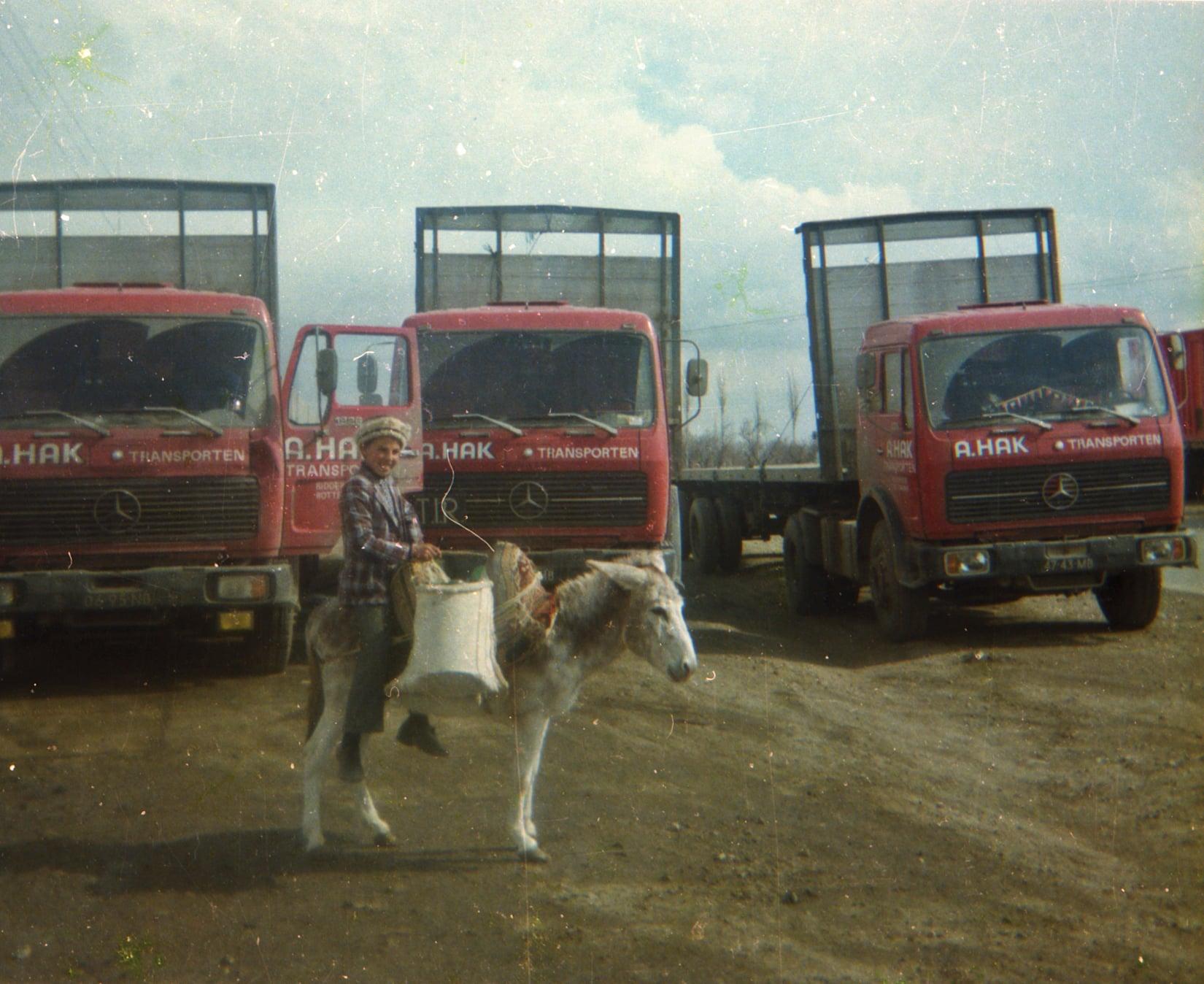 Chauffeur--Arie-VanderEnt-naar-Irak-begin-jaren-80-archief-zoon-Jan-(5)