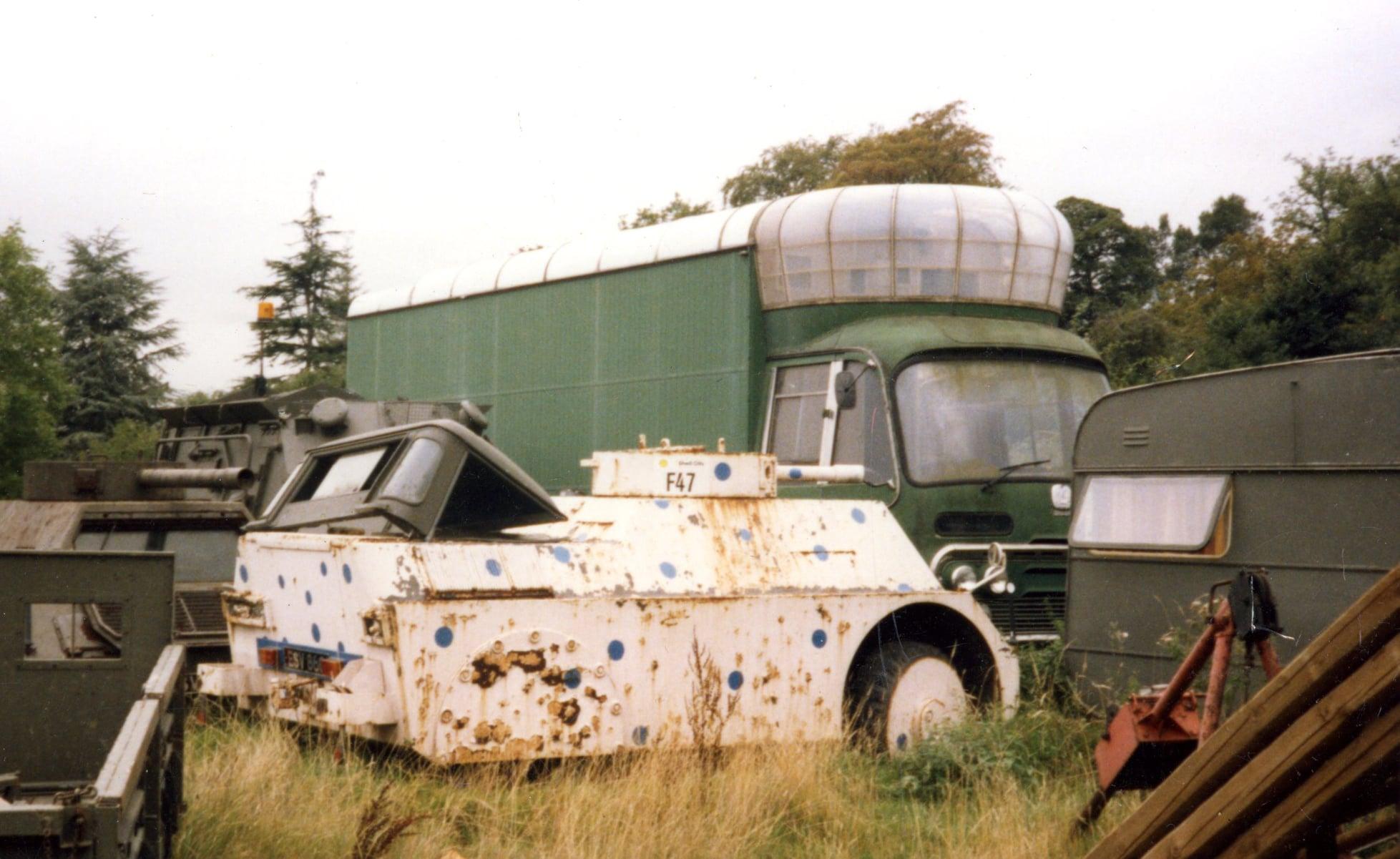 Bedford-SB3-filmwagen-1967-voor-en-na--(1)