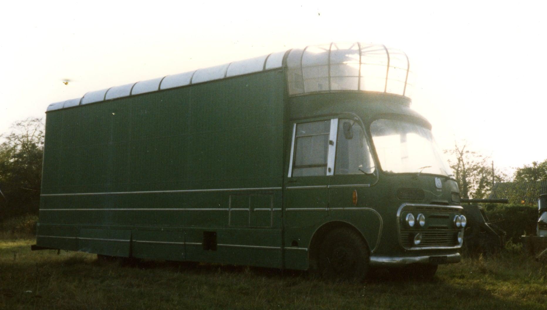Bedford-SB3-filmwagen-1967-voor-en-na--(3)