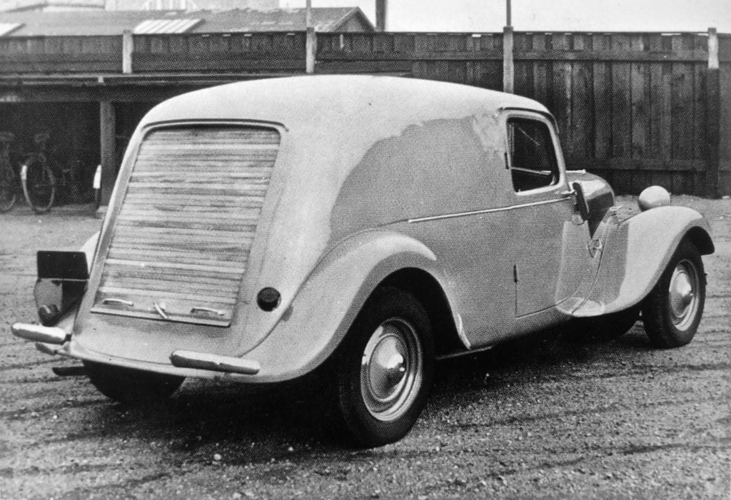 Citroen-11-BL-1949-voor-Denemarken