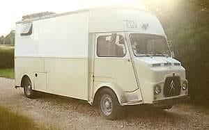 Citroen-Horses-transport