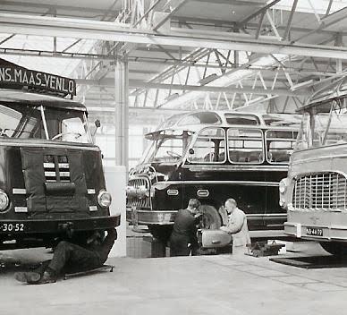 1954-9-PB-19-13-DAF-Domburg