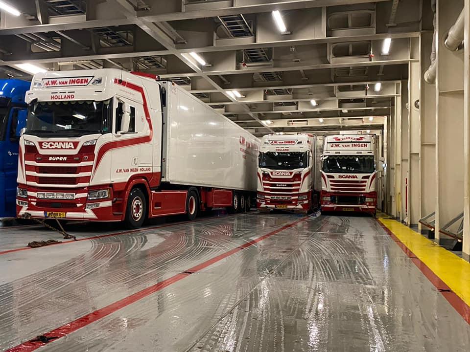 Scania-op-de-ferry