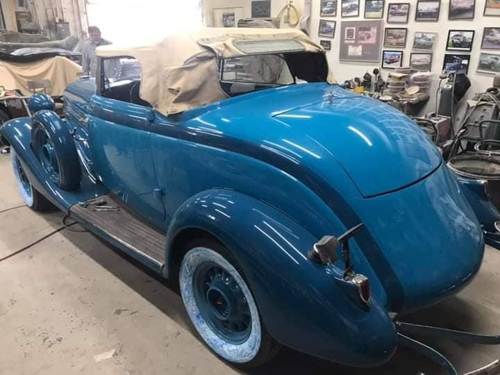 Studebaker-Comander-Regal-Cabrio-Coupe--1934--(2)