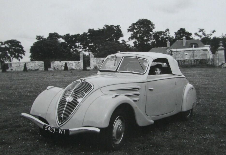 Peugeot-302-Cabriolet