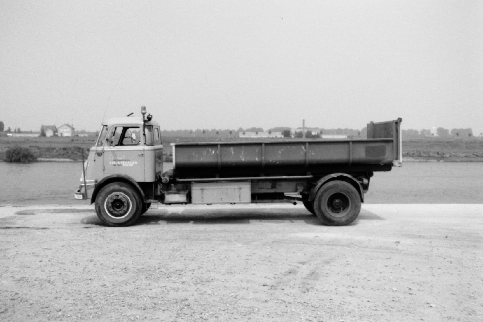 Een-van-de-erste-container-wagens-Daf-Pim-Ewals-(1)