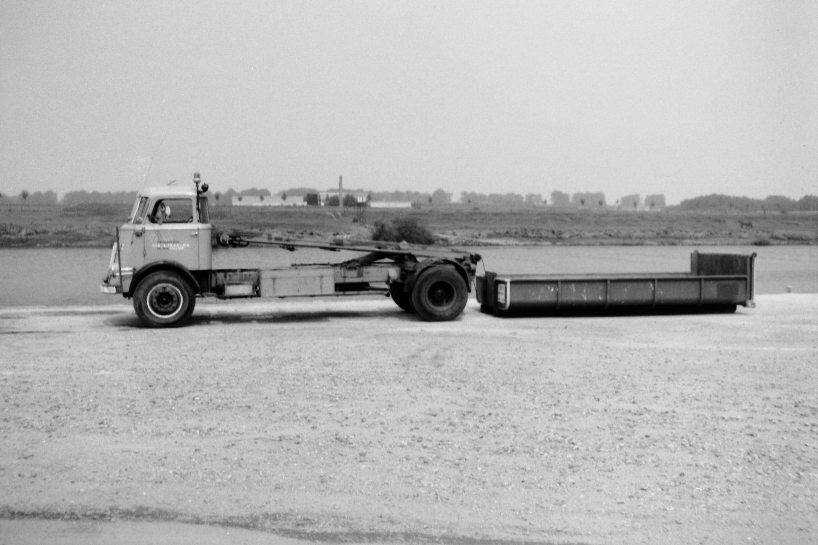 Een-van-de-erste-container-wagens-Daf-Pim-Ewals-(4)