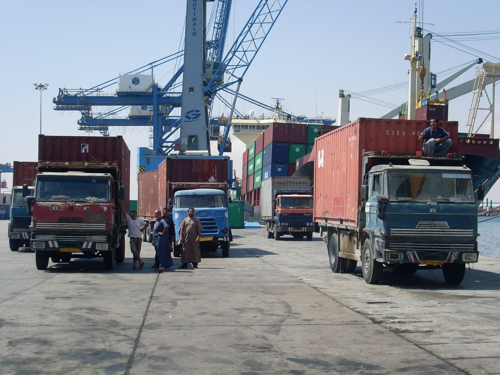 Daf-in-de-haven-van-Tripolie-2018--Ad-van-Heel-geel-archief--(13)