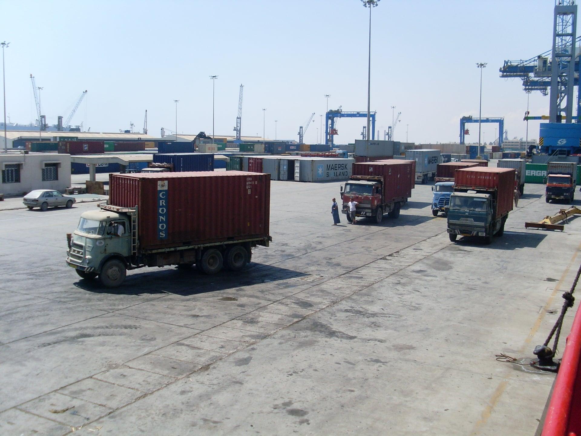 Daf-in-de-haven-van-Tripolie-2018--Ad-van-Heel-geel-archief--(21)