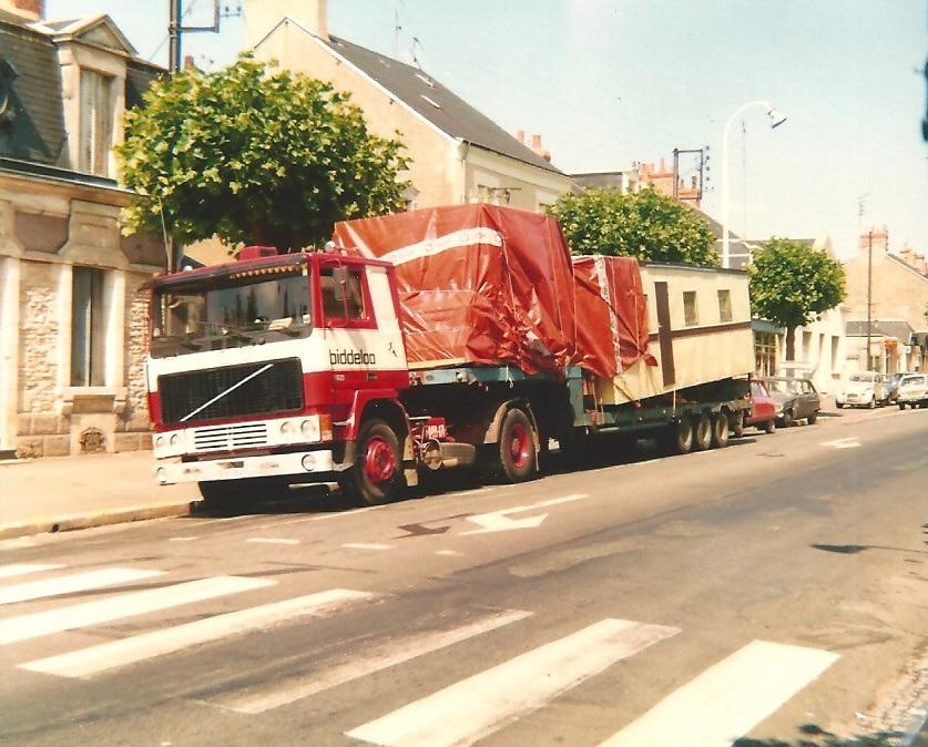 Volvo-F10-1981--Sien-Bernaerts