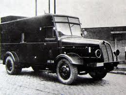 1935-miesse