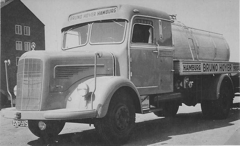 Mercedes-L-315-Tankwagen-Cabines-op-combi-met-tankopbouw-van-T-A---Beckum