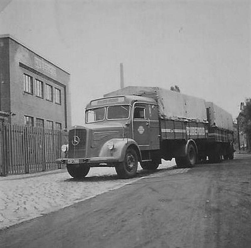Mercedes-L-315-voor-Ruberoid-Hamburg