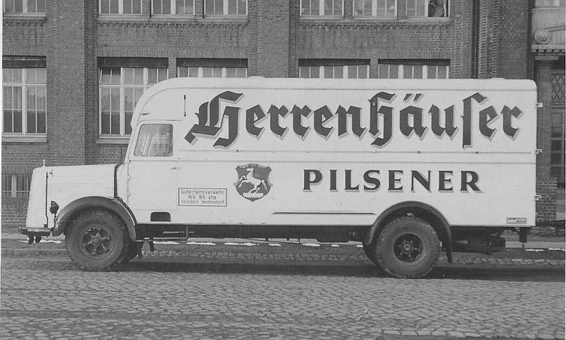 Mercedes-L-6600--herenhuizen-Pilsener