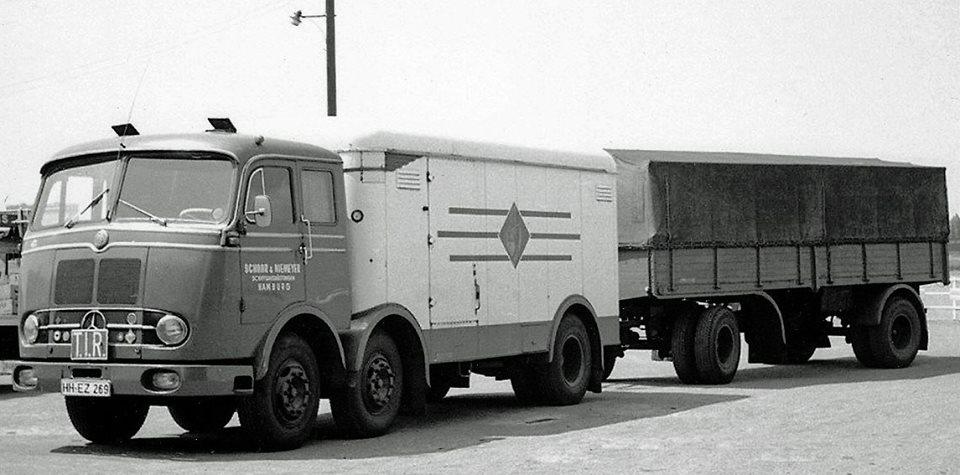 Mercedes-LP--6X2-combi