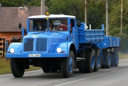 Tatra-111R-(1)