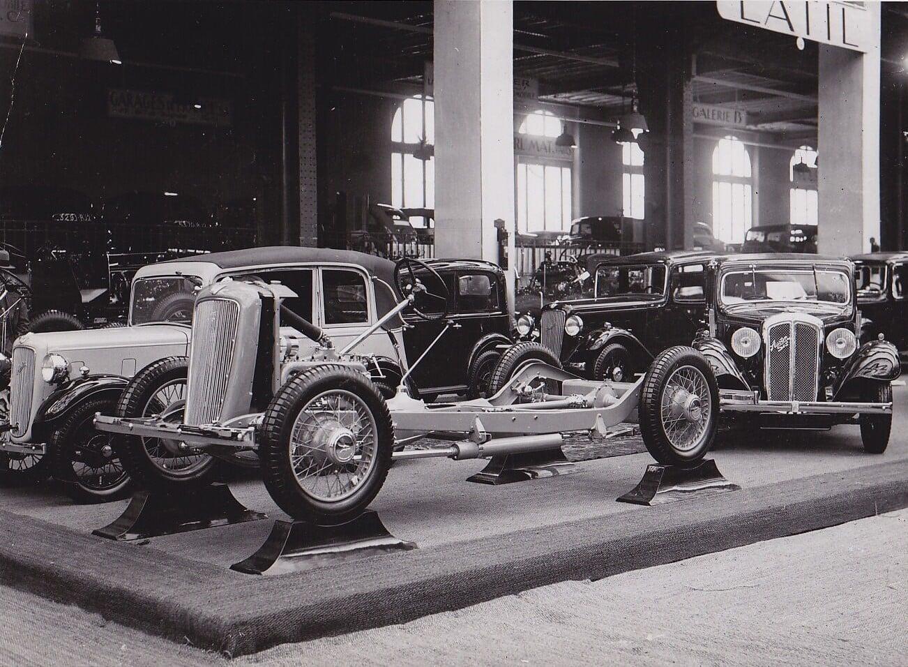 Austin-10-en-12-type-autosalon-Paris-1934