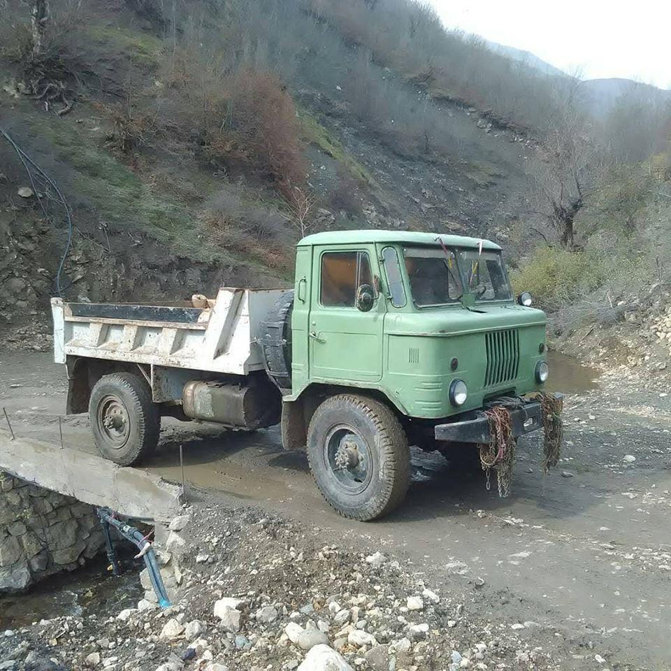 IFA-kipper-4X4