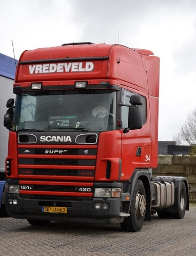 Scania-124L-420--244-BP-JN-63