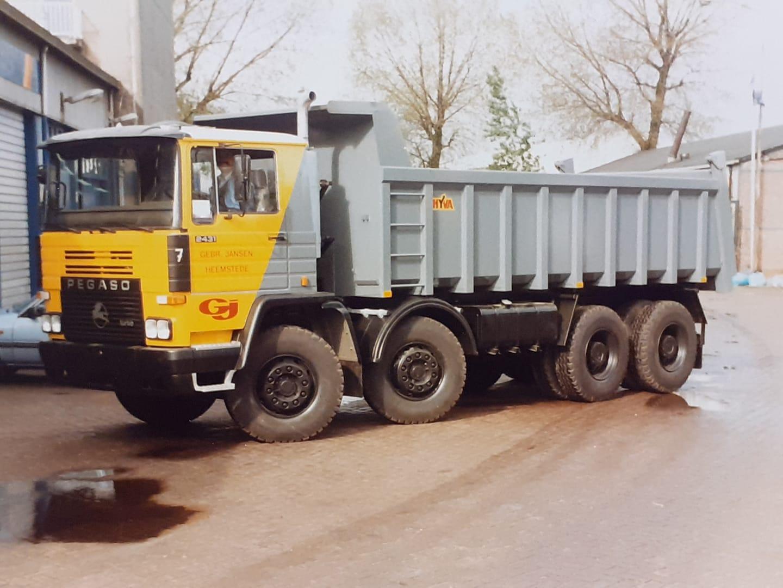 Pegaso-tecno-2431-1987-BX-45-HY--Perry-Pegaso-archief
