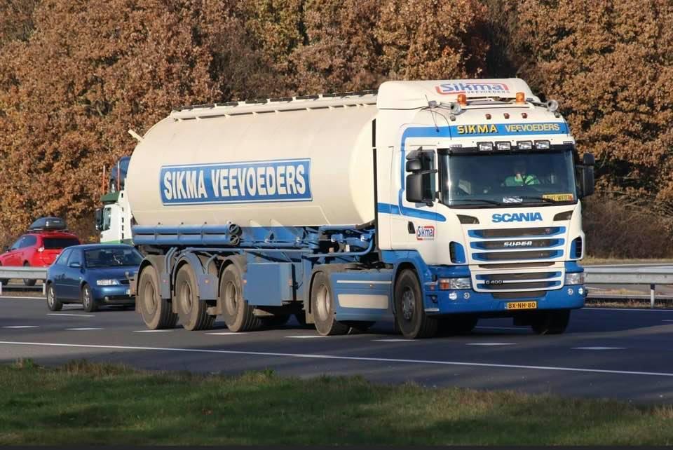 Veevoeder-bulkwagens---Piet-Schoorl-archief-(3)