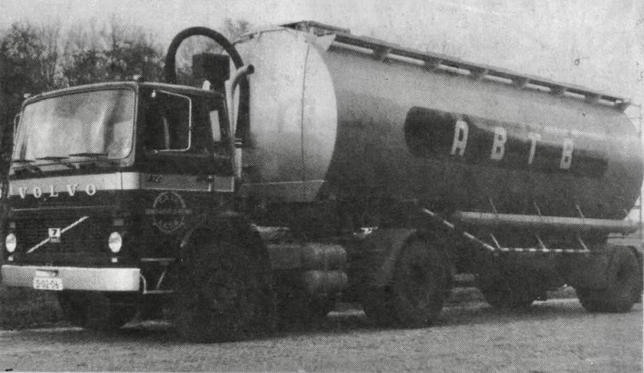 Veevoeder-bulkwagens---Piet-Schoorl-archief-(5)