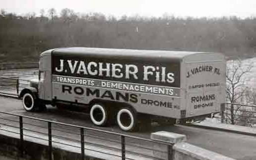 Latil-J--Vacher-Fils-Romans