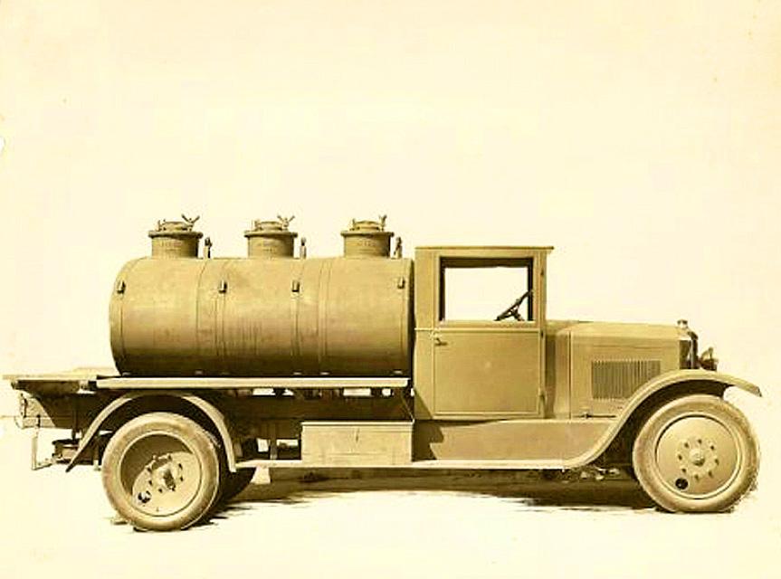 Un_Rochet_Schneider_pinardier_de_1912--
