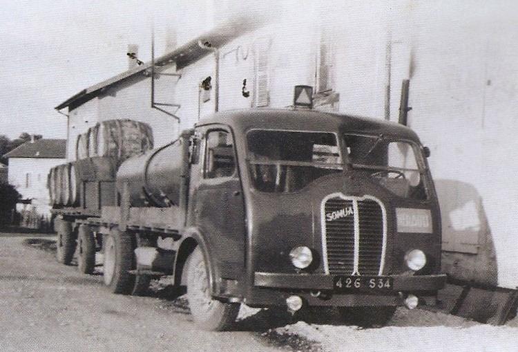 Somua-JL-15-6-cyl-130-CV--1950