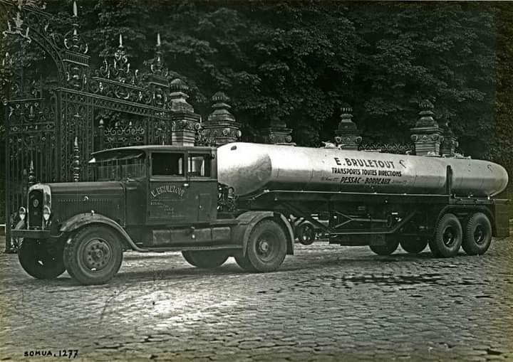 Somua-tanker-trailer