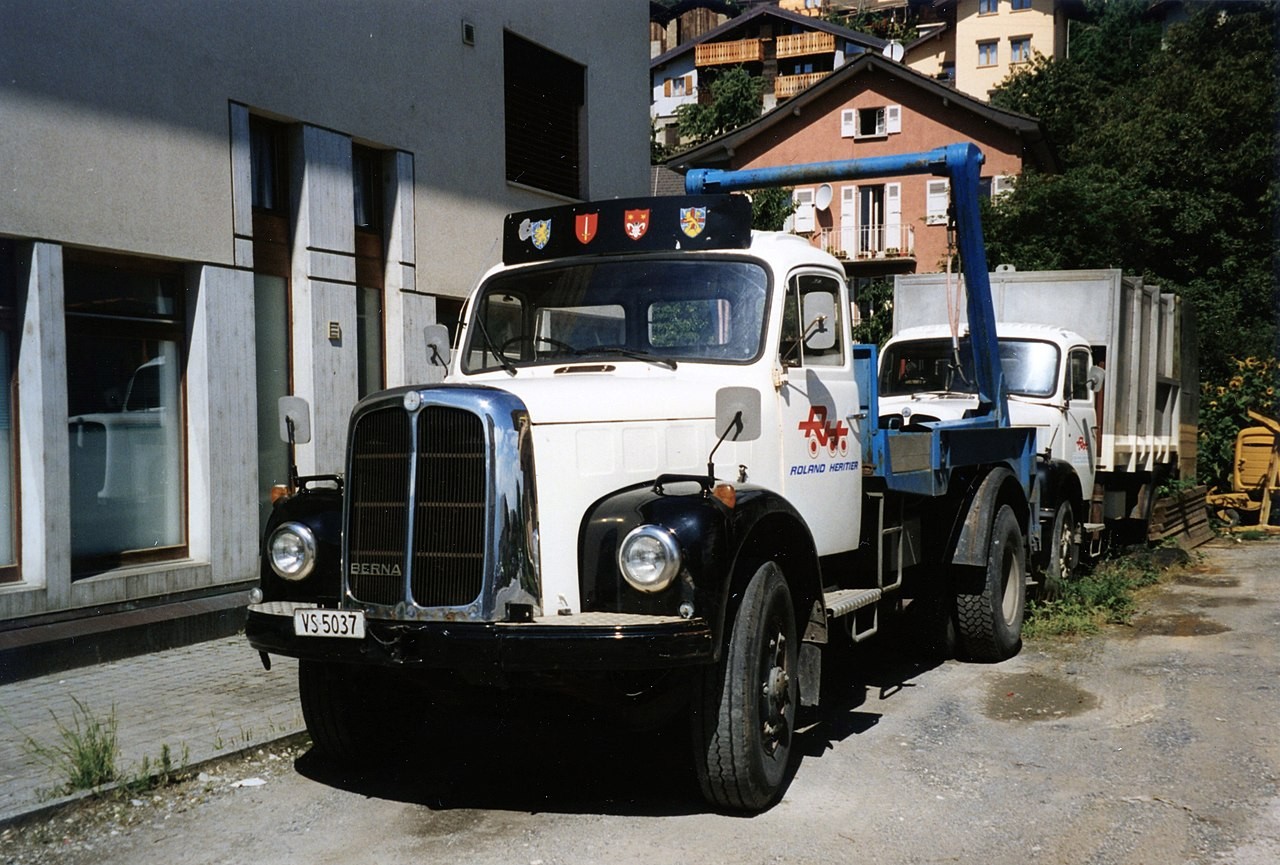 Berna_vrachtwagen-_gefotografeerd_in_Zwitserland_in_1999