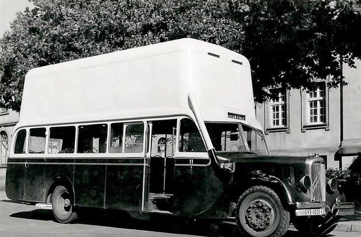 Citroen-autocar-met-gas-1940-1945