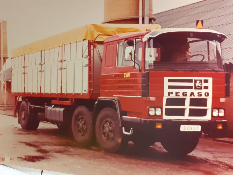 Pegaso-6X4-CAV-oost-west-middelbeers-1980-Perry-Pegaso-archief