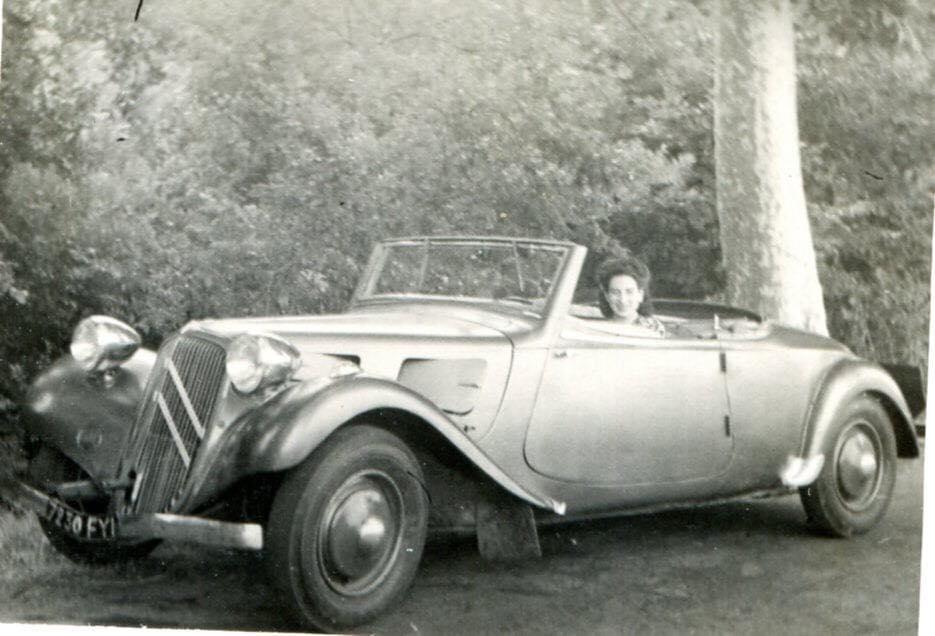 Citroen-type-juli-1934--met-antagonischeluiken-dus-voor-1937--Gers-FY-(1)