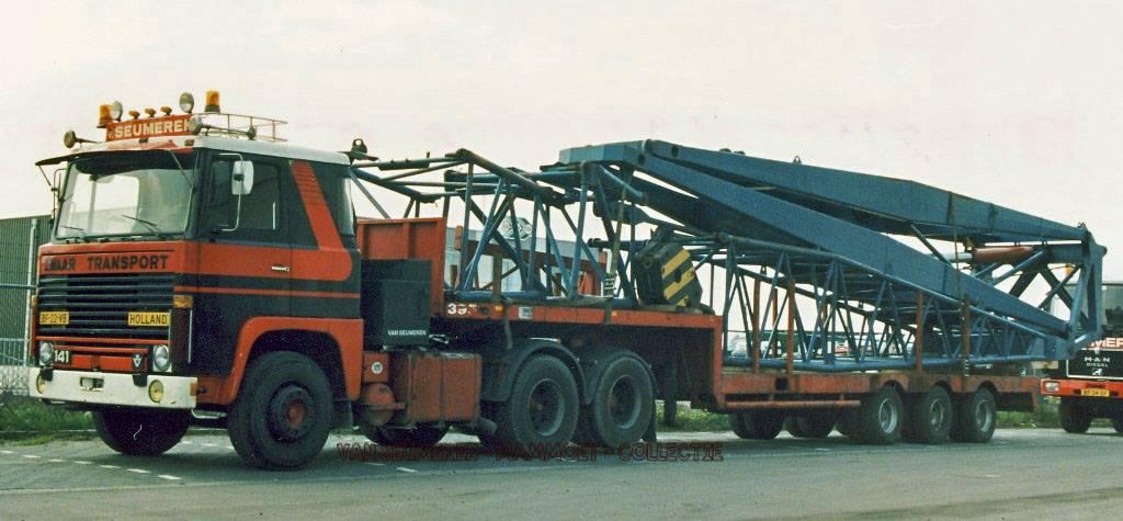Scania-V8--Frans-v-seumeren-met-de-Hulk-MAN---erachter