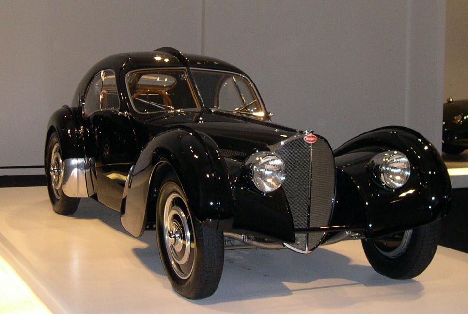 Bugatti_-RL-1938-57SC_Atlantic_34_2