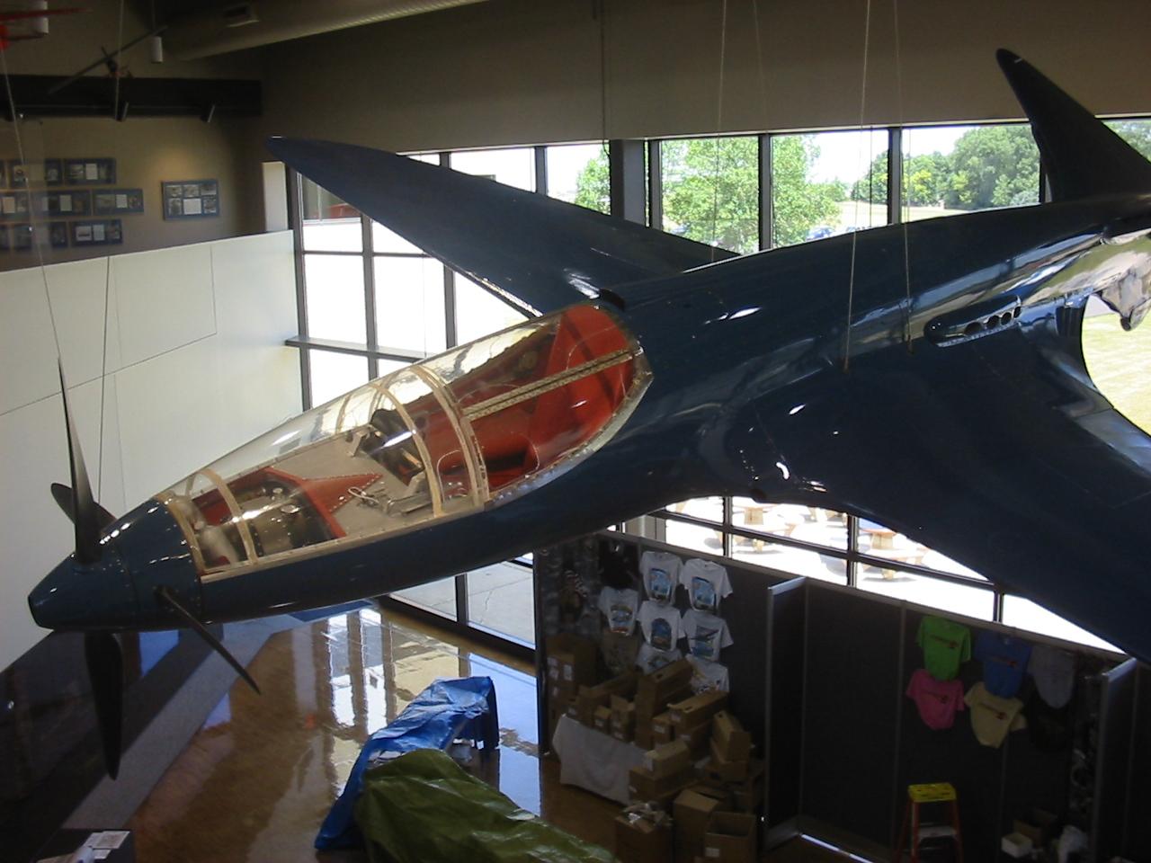 Bugatti_100_Racing_Plane_@_Oshkosh_(2234509290)_(2)