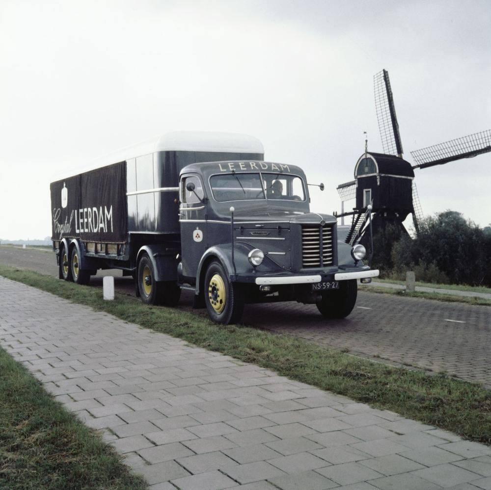 Kromhout-van-het-glasfabriek-later-Hartog-Bikker