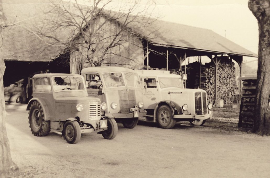 1951-Fuhrpark-im-Salzhof