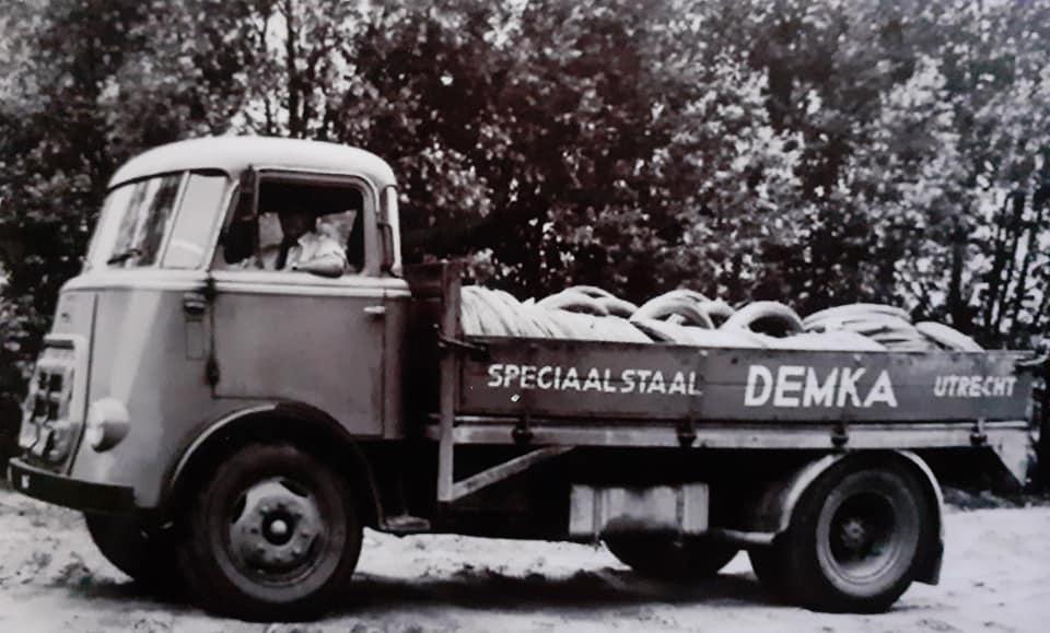 Daf-bij-dit-bedrijf-werden-de-chassis-balken-gemaakt-voor-Daf