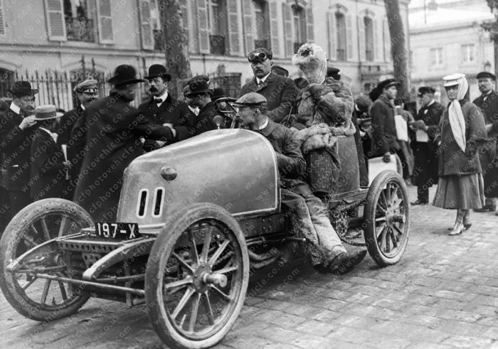 1903-Brasier