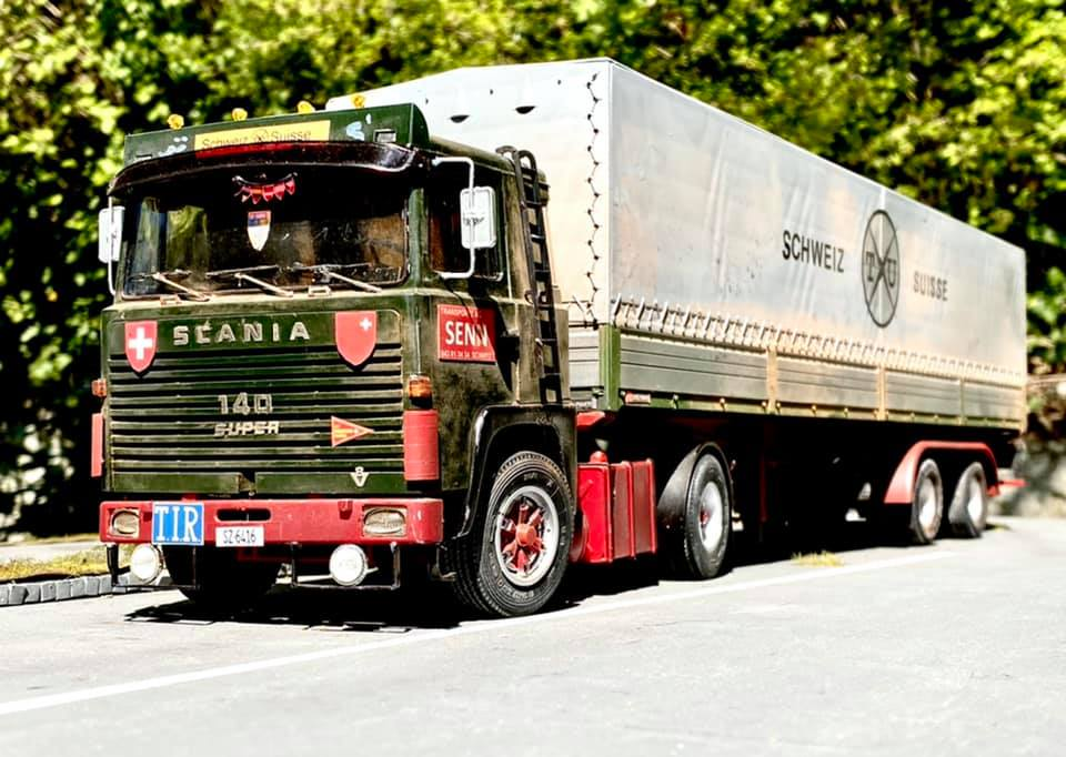Modellbau-Truck-(1)