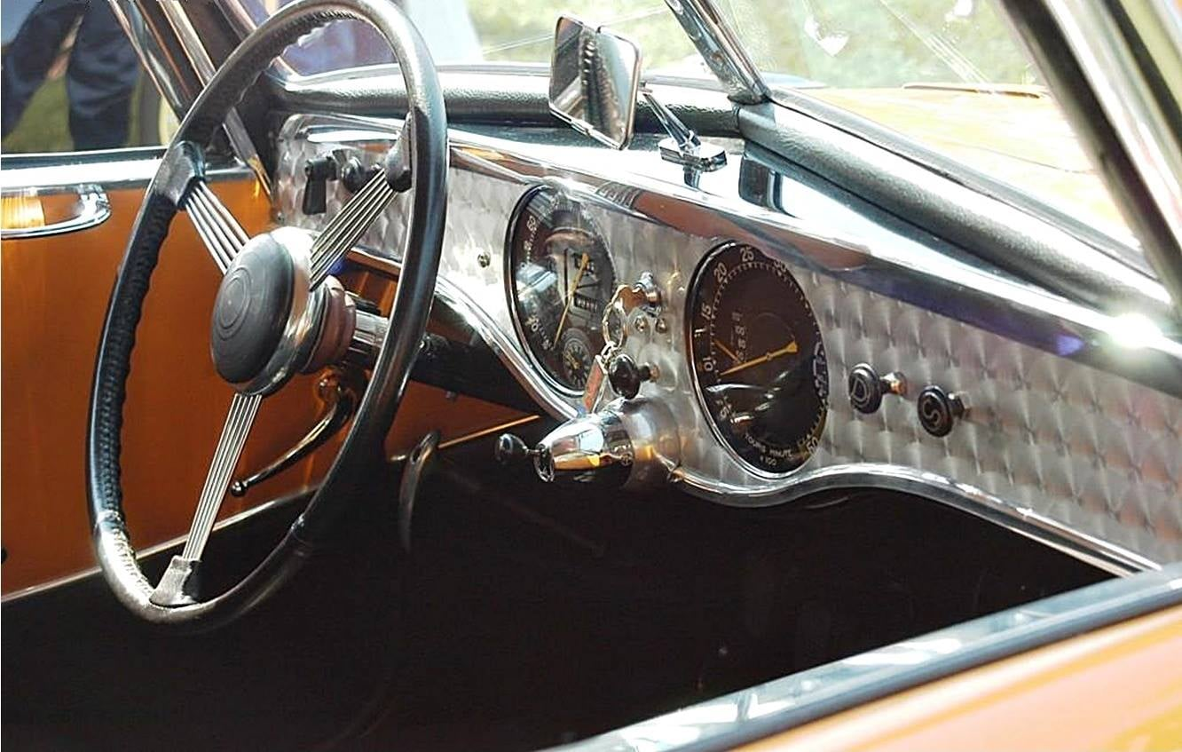 Peugeot-402-Coupe-1937-speed-racing-6-gebouwd-4-cyl-70-PK-(2)